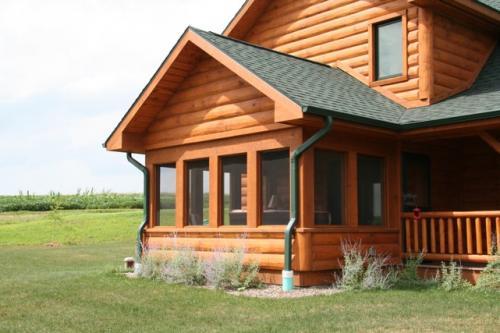 Platteville Screen Porch